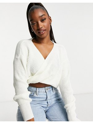 Fashionkilla knitted knot front cropped sweater in cream