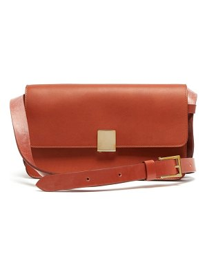 Ferian Rye Leather Shoulder Bag