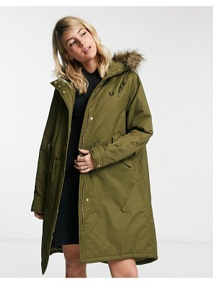 Fred Perry padded fishtail parka in olive-green