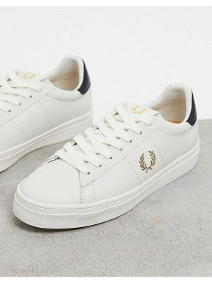 Fred Perry spencer vulc sneakers in white