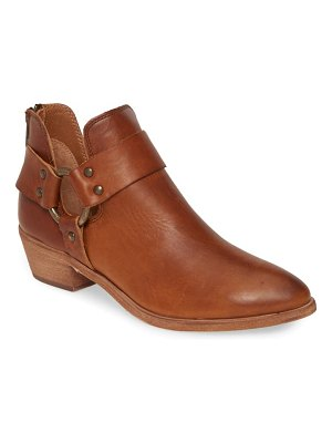 Frye ray low harness bootie