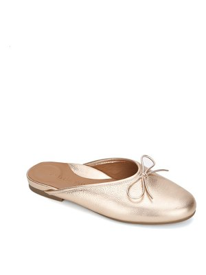 Gentle Souls by Kenneth Cole eugene bow mule