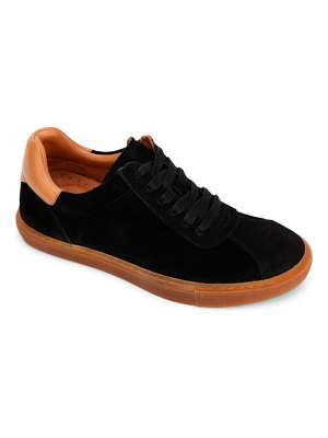 Gentle Souls by Kenneth Cole nyle sneaker