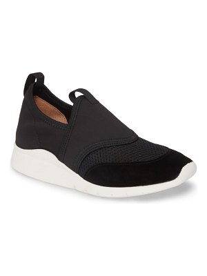 Gentle Souls by Kenneth Cole raina lite sporty slip-on sneaker