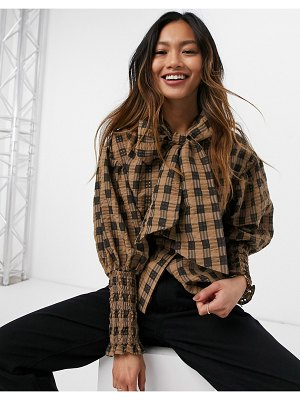 Ghospell blouse with puff sleeves and bow in brown check