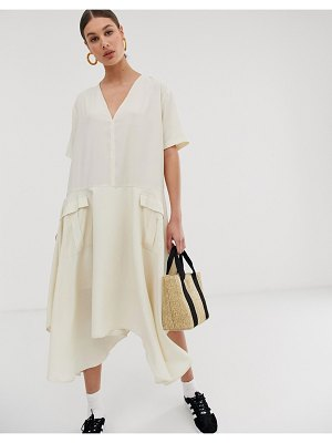 Ghospell oversized minimal midi dress with utility pockets-cream
