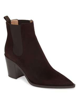 Gianvito Rossi pointy toe chelsea boot