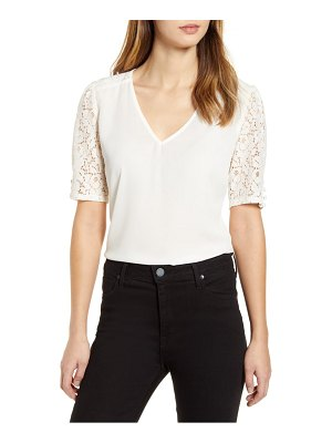 Gibson lace puff sleeve top