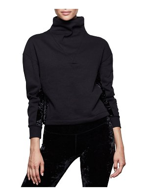 GOOD AMERICAN Funnel-Neck Structured Crop Pullover - Inclusive Sizing