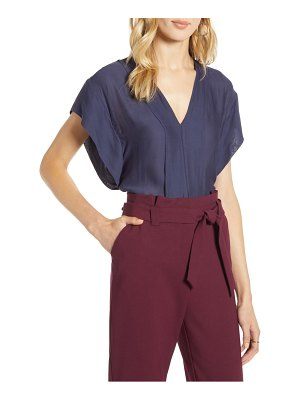 Halogen halogen flutter sleeve top
