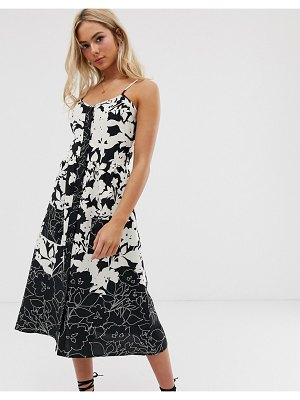 Heartbreak floral midi dress in monochrome-black