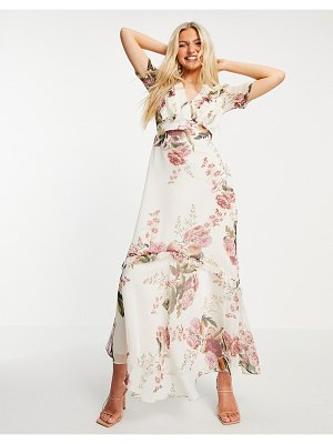 Hope & Ivy flutter sleeve maxi dress with oversized rose print in ivory-multi