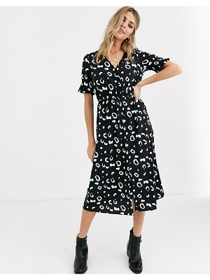 Influence shirred sleeve midi dress with button front in abstract print-black