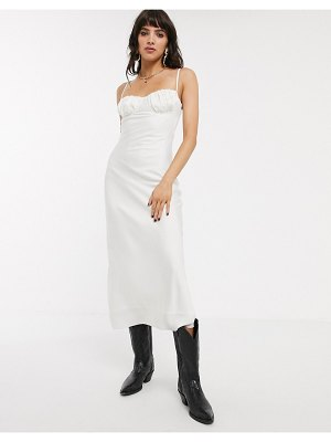 Jagger and Stone jagger & stone midi slip dress with strappy back and structured top in satin-white