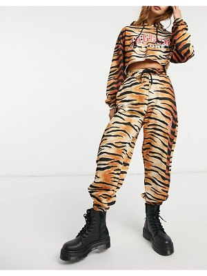 Jagger and Stone jagger & stone relaxed coordinating sweatpants with logo in tiger print-brown