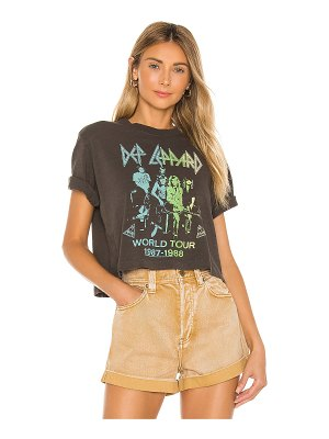 Junk Food def leppard world tour tee