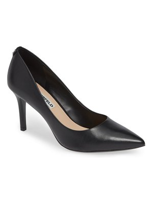 Karl Lagerfeld Paris royale pump