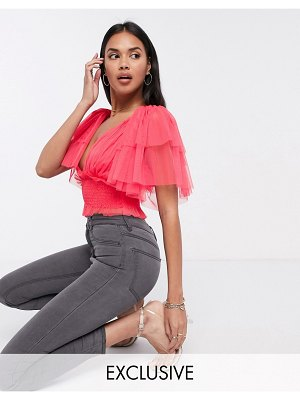 LACE & BEADS exclusive elevated shoulder plunge top with ruched waist in coral-pink