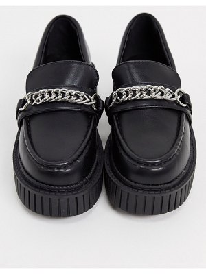 Lamoda creeper shoes with chain in black
