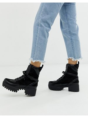 Lamoda decline chunky boots in black
