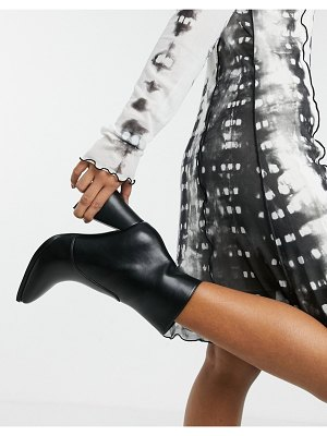 Lamoda flared heel ankle boots with square toe in black
