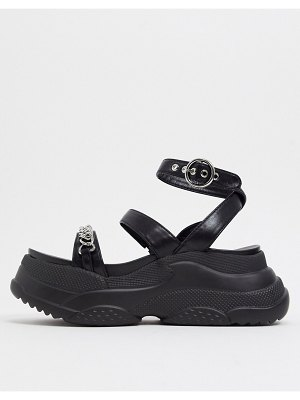 Lamoda sporty chunky sandals with chain in black