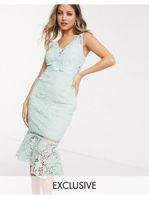Lipsy x abbey clancy plunge front all over lace dress with fluted hem in green