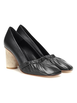 Loewe Leather pumps