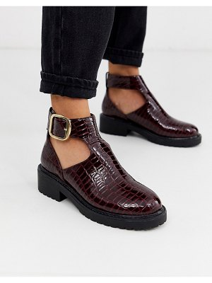 London Rebel cut out flat chunky ankle boots in burgundy croc-red