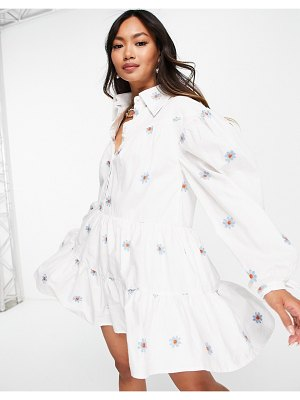 Lost Ink mini smock dress with collar and flower embroidery-white