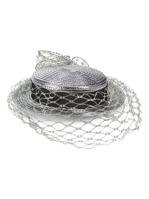 Marc Jacobs top hat with veil