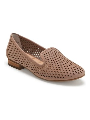 Me Too yane perforated loafer