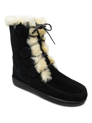 Minnetonka juniper lace-up boot with genuine shearling trim