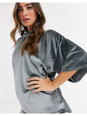MISSGUIDED two-piece velvet t-shirt in gray-grey
