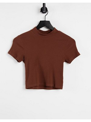 Monki cima organic cotton knitted t-shirt in brown