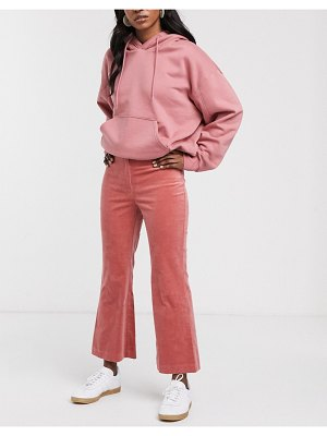 Monki flared cropped pants in pink