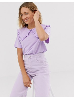Monki short sleeve t-shirt with oversized collar in lilac-purple