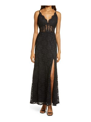Morgan & Co. corset lace sleeveless gown