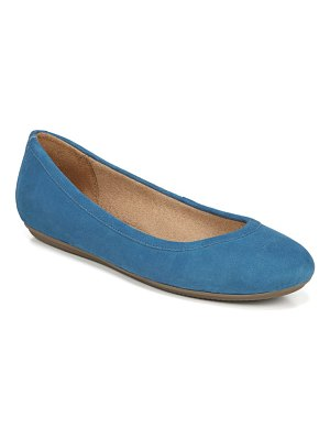 Naturalizer brittany flat