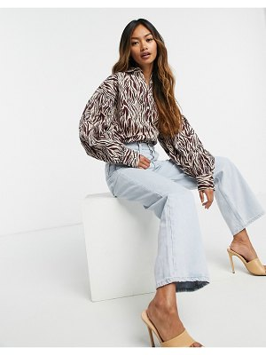 Neon Rose relaxed shirt with volume sleeves in tonal zebra-white