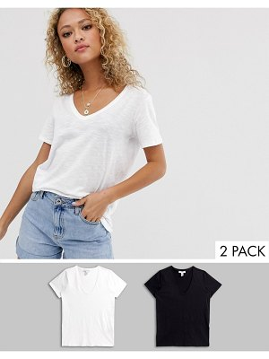 New Look organic v neck tee 2 pack in black and white