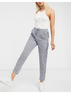 New Look tie waist jogger in tile print-blue