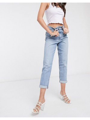 New Look waist enhance mom jeans in light blue