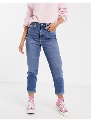 New Look waist enhance mom jeans in mid wash blue-blues