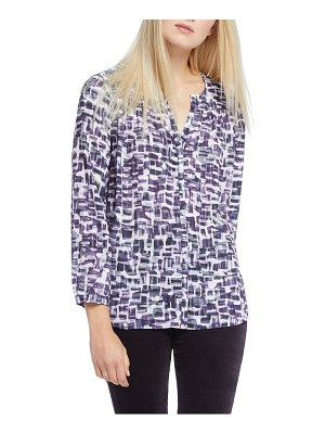 NIC+ZOE groundbreaker print button front blouse