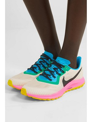 Nike air zoom pegasus 36 trail mesh and leather sneakers