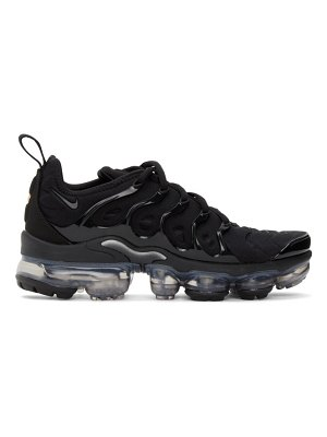 Nike black air vapormax plus se sneakers