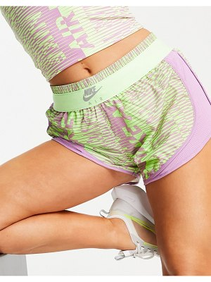 Nike Running nike air running tempo shorts in lime and lilac print-green