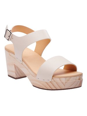 NISOLO all day sandal