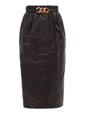 No. 21 chain-belt leather pencil skirt